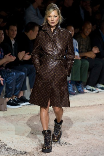 Louis Vuitton Fall 2018 Menswear-Kate Moss