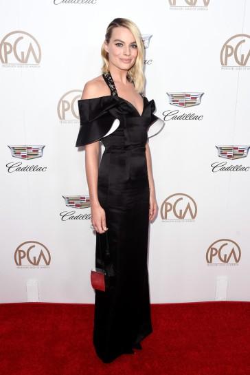 Margot Robbie in Louis Vuitton-3