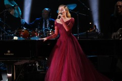 Miley Cyrus in Zac Posen Pre-Fall 2018-7
