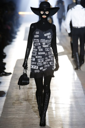 Moschino Fall 2018 Menswear Look 12