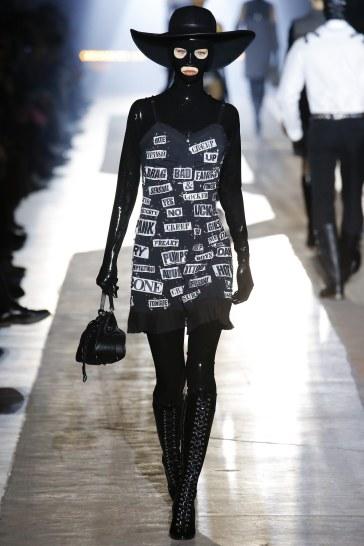 Moschino Fall 2018 Menswear Look 12