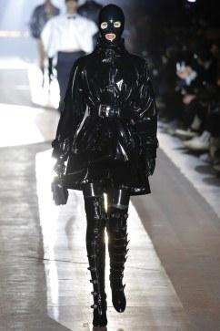 Moschino Fall 2018 Menswear Look 18