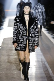 Moschino Fall 2018 Menswear Look 22