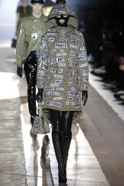Moschino Fall 2018 Menswear Look 41