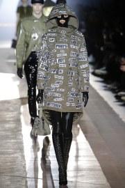 Moschino Fall 2018 Menswear Look 41