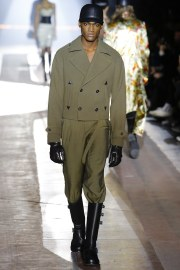 Moschino Fall 2018 Menswear Look 53