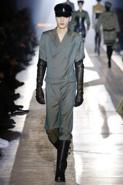 Moschino Fall 2018 Menswear Look 57