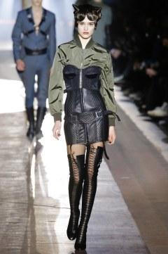 Moschino Fall 2018 Menswear Look 58