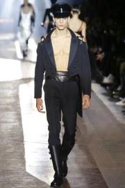 Moschino Fall 2018 Menswear Look 74