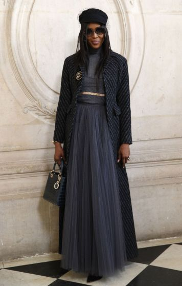 Naomi Campbell in Dior Fall 2017 Couture-2