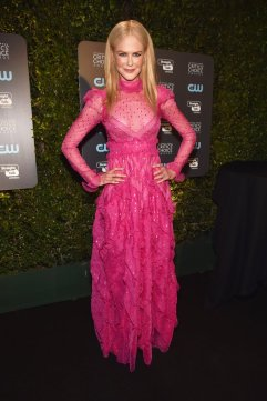 Nicole Kidman in Valentino-2