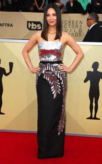 Olivia Munn in Oscar de la Renta Resort 2018