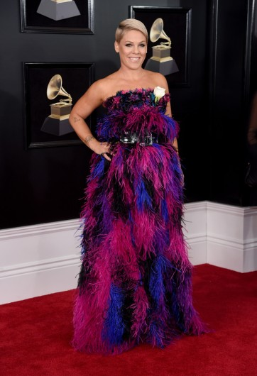Pink in Armani Privé Fall 2015 Couture-2