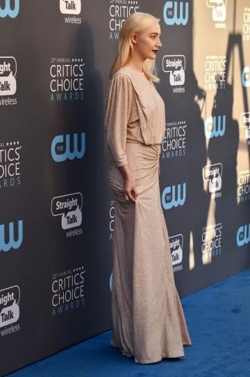 Saoirse Ronan in Michael Kors-4