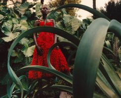 Shanelle Nyasiase for Alexander McQueen Spring 2018 Campaign-11