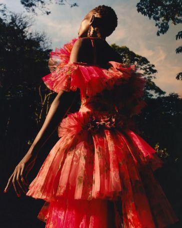 Shanelle Nyasiase for Alexander McQueen Spring 2018 Campaign-2