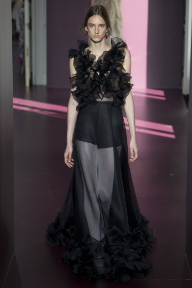 Valentino Fall 2017 Couture-1