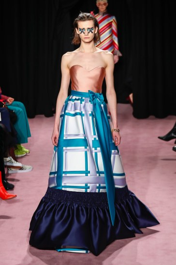 Viktor & Rolf Spring 2018 Couture Look 13