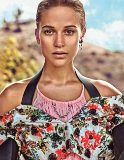 Alicia Vikander for Vogue US March 2018-1