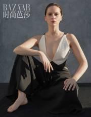Felicity Jones for Harper's Bazaar China March 2018-3