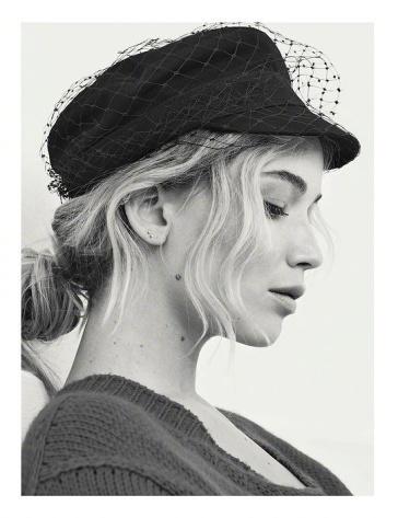 Jennifer Lawrence for Dior Magazine No.22-4