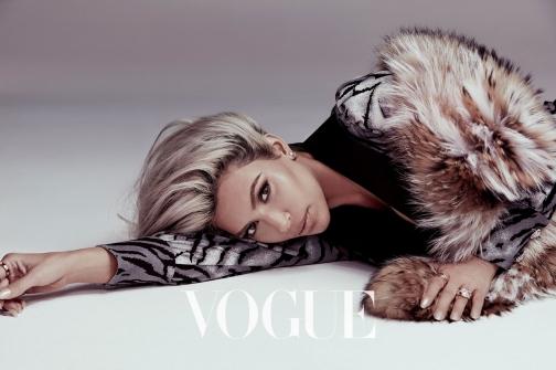 Kim Kardashian Vogue Taiwan February 2018-6