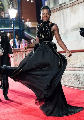 Lupita Nyong'o in Elie Saab Fall 2017 Couture-5