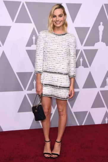 Margot Robbie in Chanel Pre-Fall 2018-4