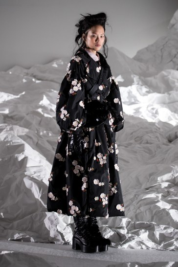 Moncler Fall 2018 by Simone Rocha Look 13