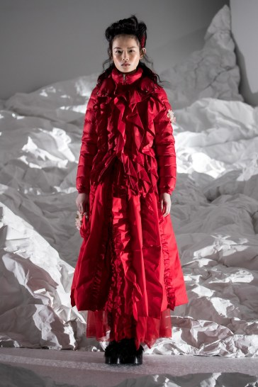 Moncler Fall 2018 by Simone Rocha Look 21