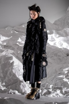 Moncler Fall 2018 by Simone Rocha Look 6