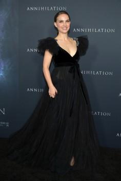 Natalie Portman in Valentino Pre-Fall 2018-2