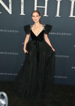 Natalie Portman in Valentino Pre-Fall 2018-3