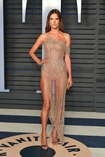 Alessandra Ambrosio in Ralph & Russo Spring 2018 Couture