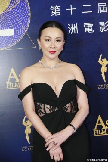 Carina Lau in Alexander McQueen-2
