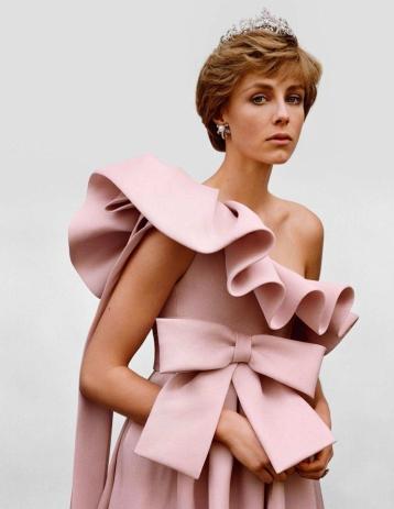 Edie Campbell for Vogue Paris April 2018-2