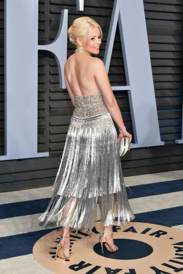 Elizabeth Banks in Ralph & Russo Spring 2018 Couture-1