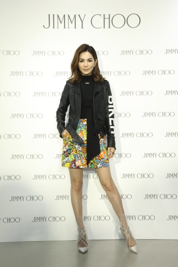 Ella Chen in Off-White & Moschino-3