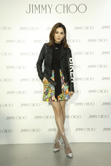 Ella Chen in Off-White & Moschino-4