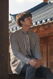 Gong Yoo for Epigram Spring 2018 Campaign-2