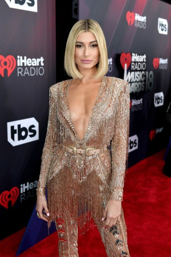 Hailey Baldwin in Zuhair Murad Spring 2018 Couture-3