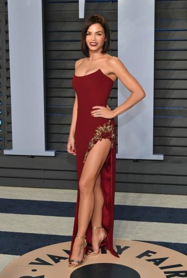 Jenna Dewan-Tatum in Pamella Roland Fall 2018-1