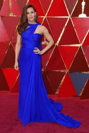 Jennifer Garner in Atelier Versace-3