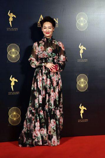 Kara in Dolce & Gabbana Spring 2018-2