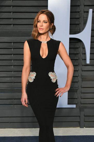 Kate Beckinsale in Reem Acra Resort 2018-1