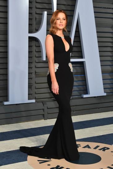 Kate Beckinsale in Reem Acra Resort 2018-2