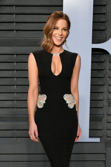 Kate Beckinsale in Reem Acra Resort 2018-4