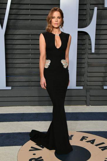Kate Beckinsale in Reem Acra Resort 2018