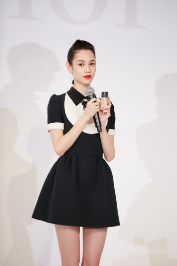 Kiko Mizuhara in Dior Spring 2018-5
