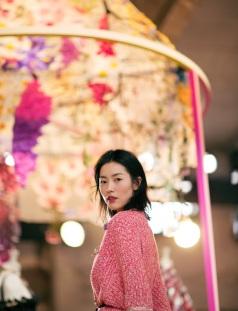 Liu Wen in Alexander McQueen Spring 2018-4
